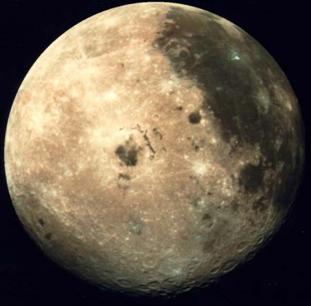 Face de la lune vue par la sonde Galiléo